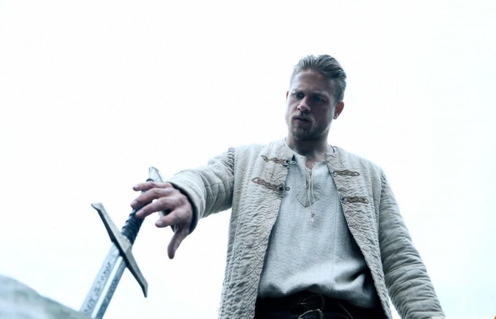 Вышел заключительный трейлер фильма «Меч короля Артура»