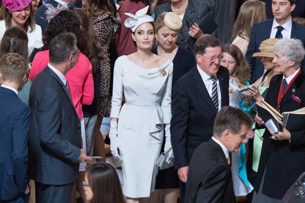 Анджелина Джоли показала чудный наряд встолице Англии