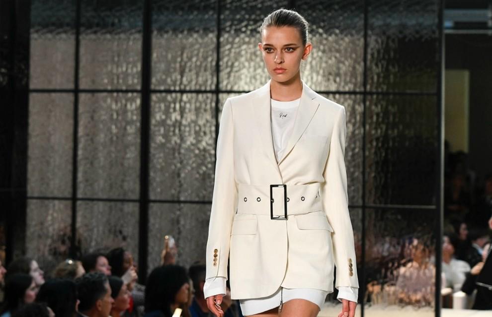 47f7797a2 5 главных трендов Недели моды в Лондоне | Vogue Ukraine - Vogue UA