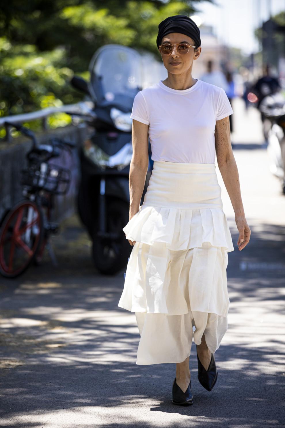 Стилист Джули Раголия во время Недели моды в Милане, июнь 2019