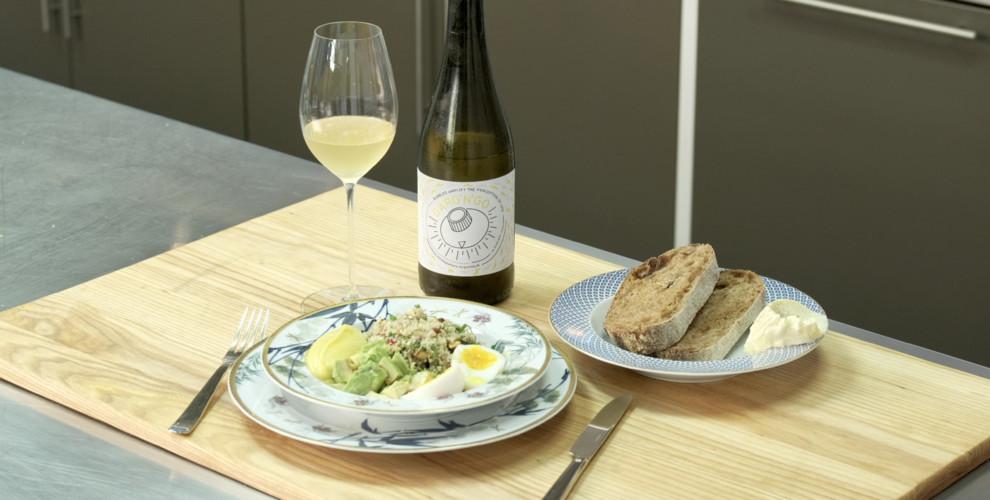 Vogue Kitchen: как приготовить салат с киноа по рецепту шеф-повара Вовы Ташаева