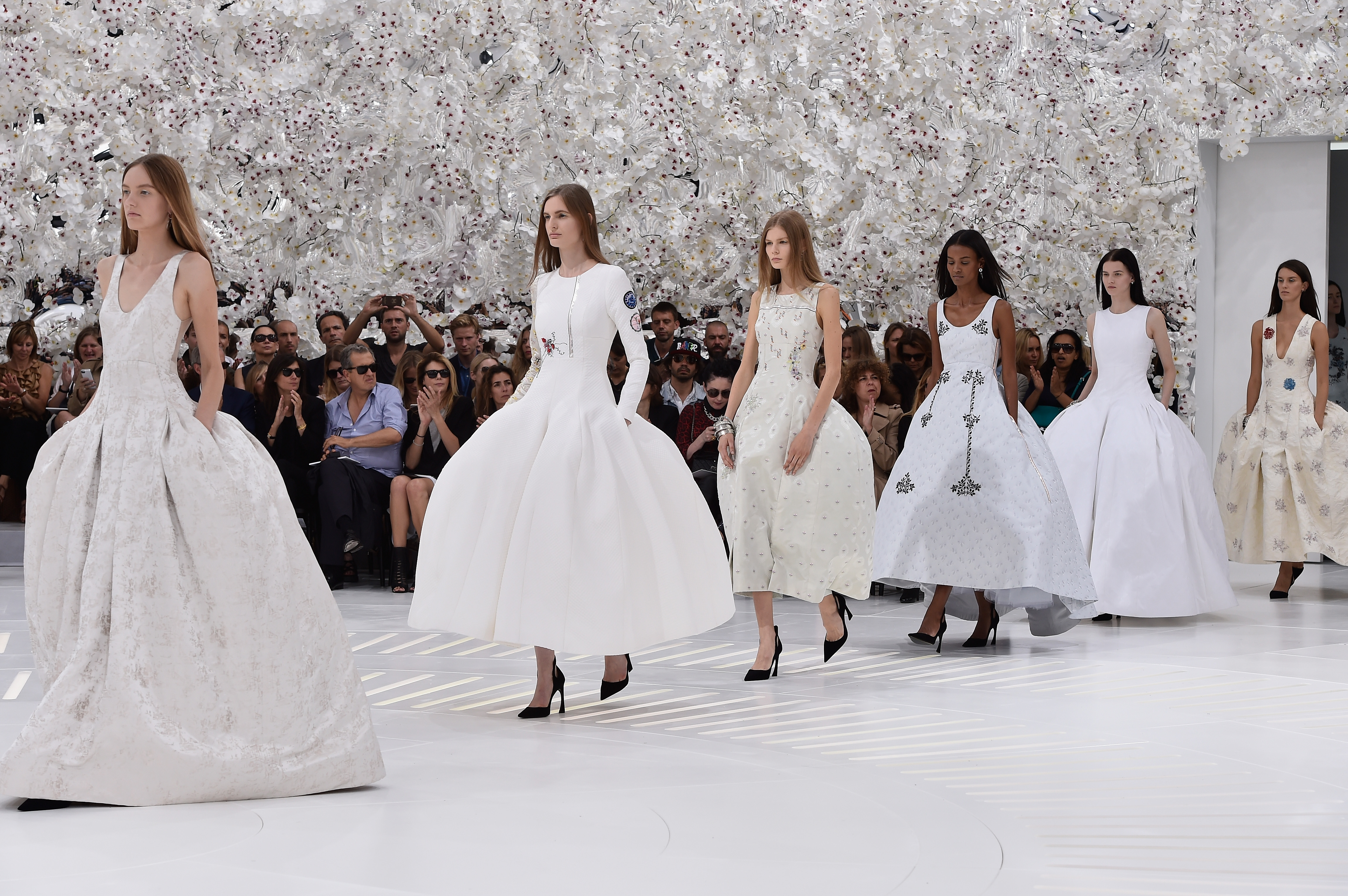 Christian Dior показ Haute Couture