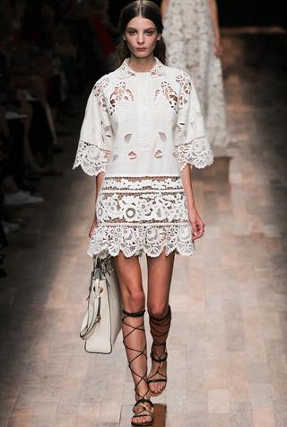 Тренд: белое платье