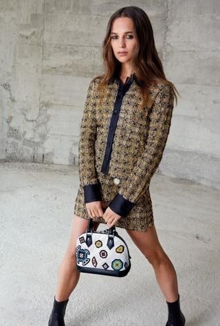 Рекламная кампания Louis Vuitton с Алисией Викандер