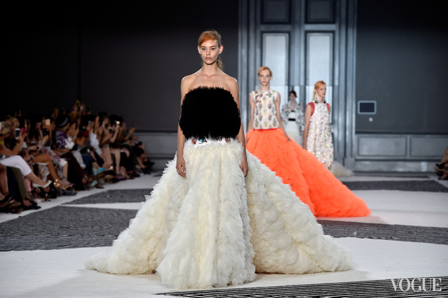 Обзор Giambattista Valli Couture осень-зима 2015/2016