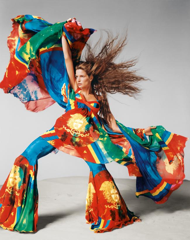 Стефани Сеймур в рекламной кампании Versace весна-лето 1993 года. Нью Йорк, ноябрь 1992 года — © 2014 The Richard Avedon Foundation, Gagosian Gallery