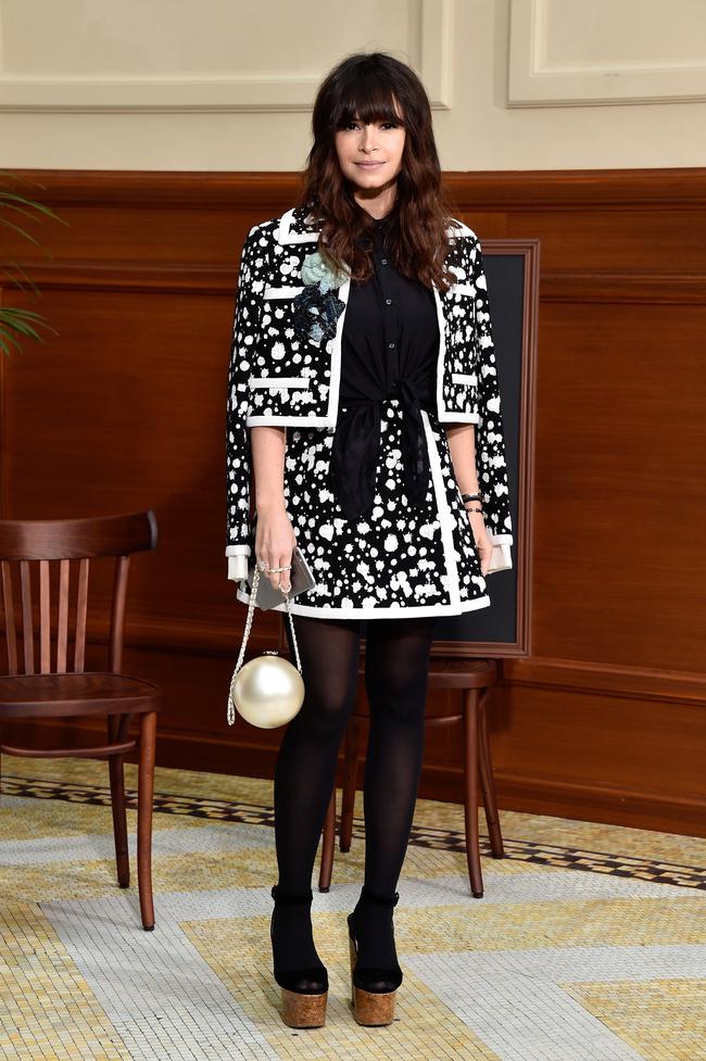 Мирослава Дума на показе Chanel осень-зима 2015/2016