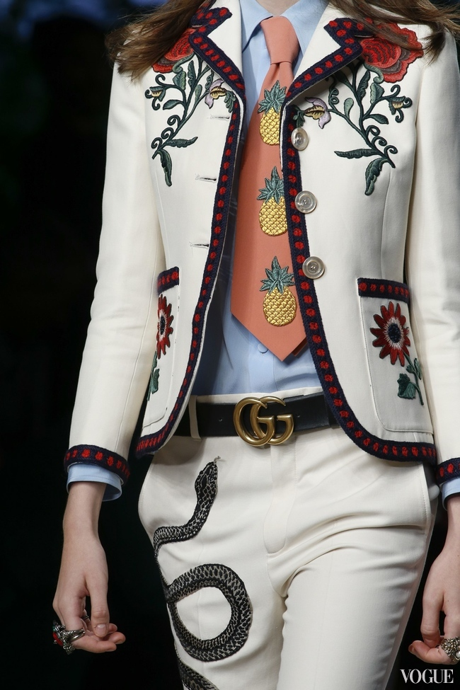 EMBROIDERY FEATURED WIDELY IN THE GUCCI S/S 2016 SHOW