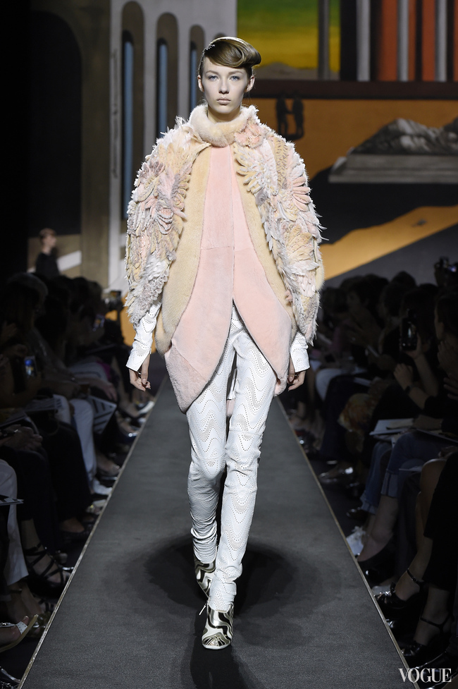 Mink and shaved mink cape - the sleeves are covered in flowers made of embroidered mink, shaved-mink petals and feathers