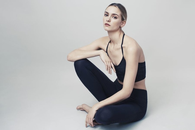 коллекция Goop & Beyond Yoga