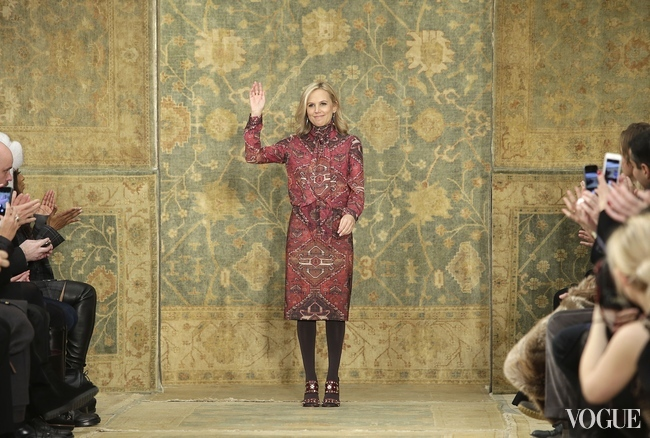 Tory Burch takes a bow at the end of her A/W 2015 show