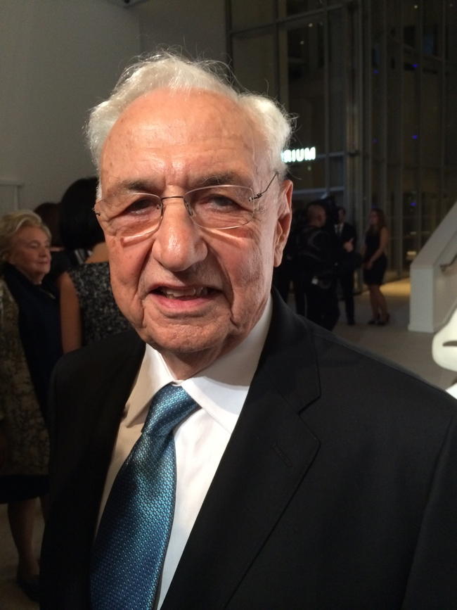Frank Gehry, the Foundation's architect