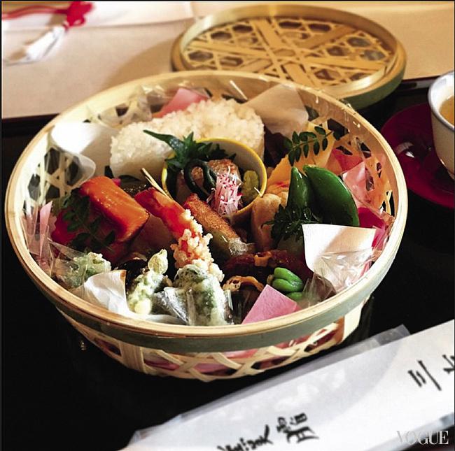 Аппетитный бенто-бокс одного из храмов Киото появился в «Инстаграме» первой леди США Мишель Обамы
