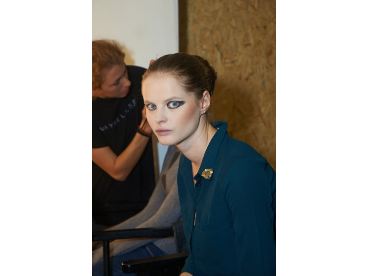 Backstage UFW день 5 - Мода - Look | Vogue Ukraine